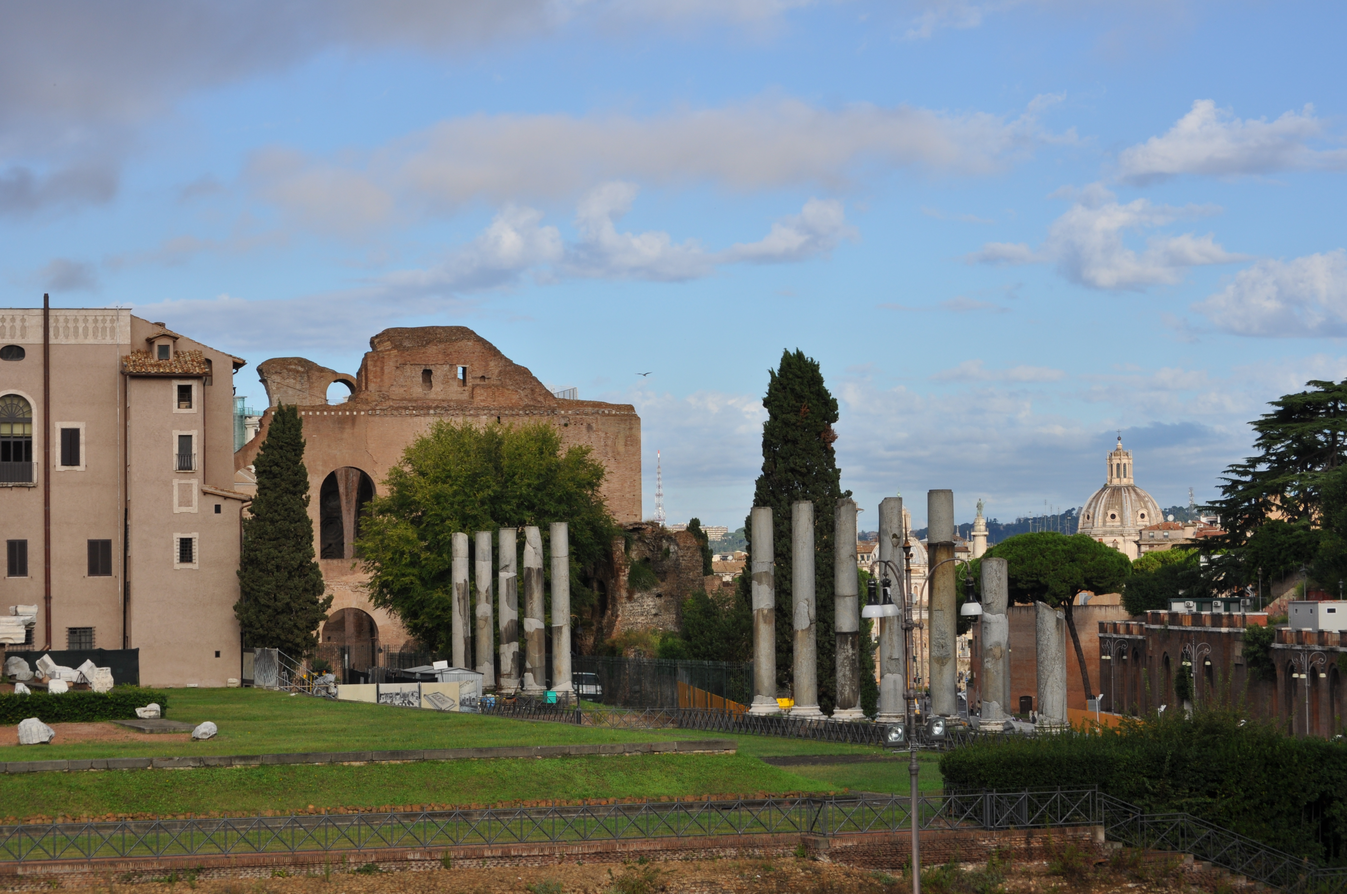 Ancient Rome with Caesars Court